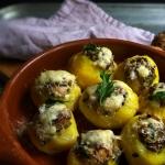 Ziemniaki pieczone z wedz...