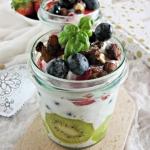 Pudding chia z owocami i ...