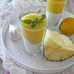 Deser chia z mango i anan...