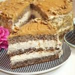 Tort orzechowo-kajmakowy