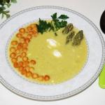 Zupa  szparagowa (zielone...