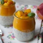 Deser z mango i chia