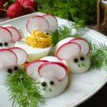 Myszki - jajka faszerowan...