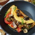 Omlet z lesnymi grzybami