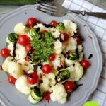 Salatka z kalafiorem, cuk...