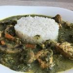 Curry z kurczaka ze szpin...