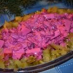 Szybka salatka sledziowa