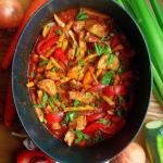 Gulasz z indyka z warzywa...