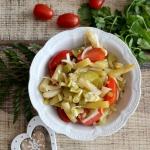 Salatka z fasolka, pomido...