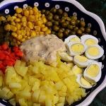 Salatka warzywna z jajkam...