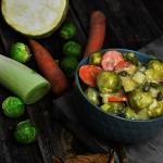 Zimowe warzywa w sosie...