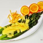 Zielone szparagi w sosie...