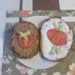 Jajochleb w dwoch wariant...