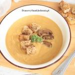 zupa dyniowa z suszonymi ...