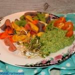 Kolorowy makaron z sosem ...