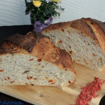 Chleb pszenny z owocami...