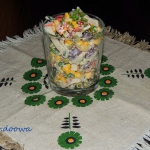 Kolorowa sałatka z rzepy