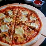 Domowa Pizza z Kurkami i...