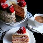 Tort Truskawkowy z Masą...