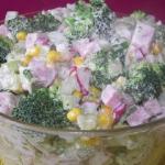 Salatka z brokulem, seler...