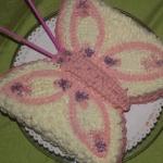 Śmietanowy tort motylek