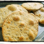 Chlebki naan z nasionami...