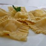 Czosnkowe ravioli