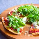 Pizza z tortilli z ricott...