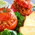 Nadziewane pomidory na...