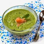 Zupa z zielonego groszku...