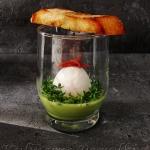Jajko w szklance z sosem ...