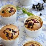 Muffiny z porzeczkami.