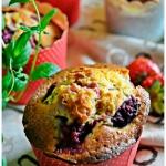 Muffiny z truskawkami i r...