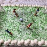 Tort boisko dla chlopca -...