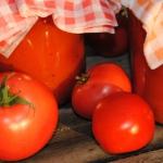Domowy sok pomidorowy; do...