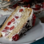Lekki tort śmietanowy z...
