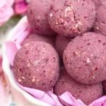 różane praliny- raw