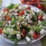 Salatka z grillowana cuki...