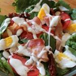 Salatka ze szpinakiem i p...