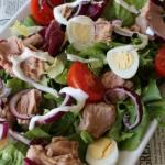 Salatka nicejska z jajkie...