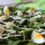 Czosnkowa salatka z bobem...