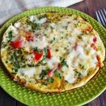 Omlet z mozzarella i pomi...