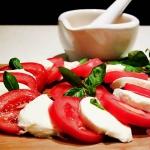 Caprese – salatka Capre...