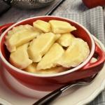 Pierogi z jabłkami –...