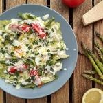 Salatka ze szparagami i j...