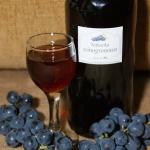 Nalewka z ciemnych winogr...
