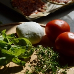 Mozzarella, pomidory,...