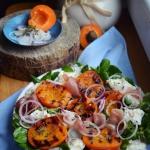 Salatka z grillowanymi mo...