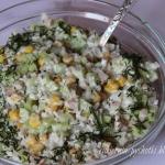 Salatka wiosenna z ogorki...