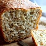 Chleb jasny orkiszowy z...